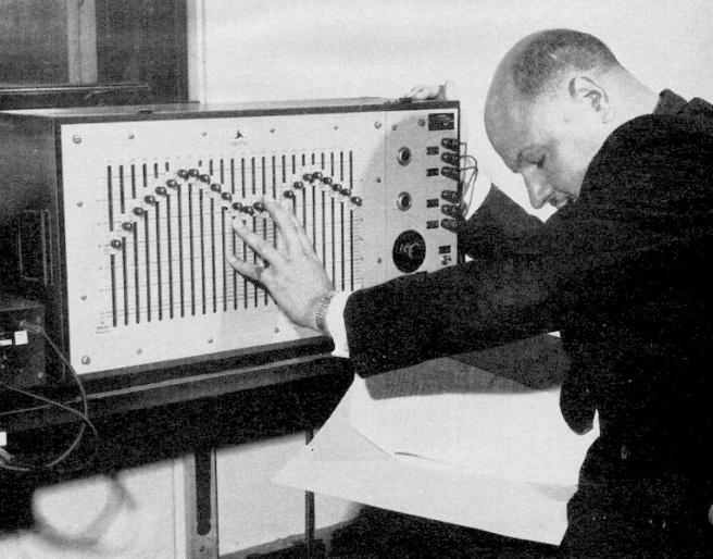 desmond-briscoe-bbc-radiophonic-workshop
